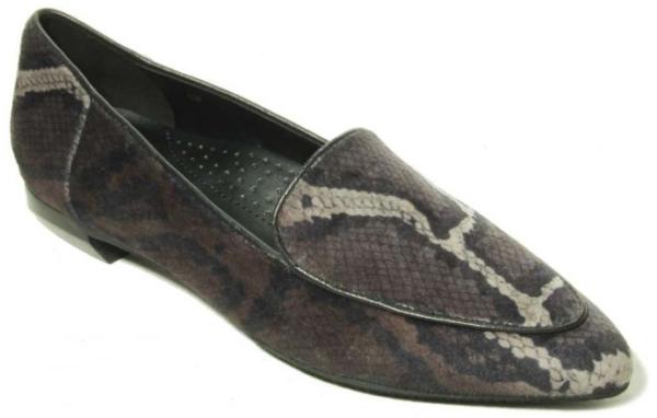 womens velvet loafer