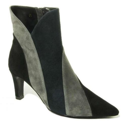 womens black suede boot heels