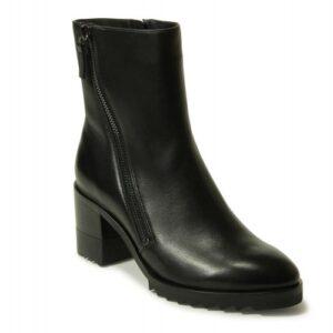 VANELi Holand boots in weatherproof black nappa