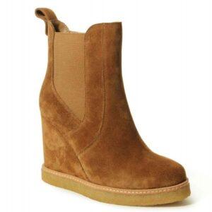 VANELi Jabel boots in camel weatherproof suede